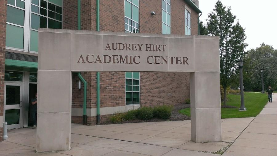 Hirt Center: The Arch of the Covenant