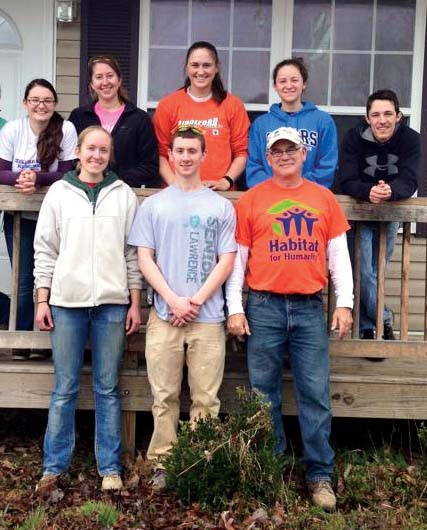 Last Spring break, several members of the Habitat for Humanity club traveled to Oak Ridge, Tenn.