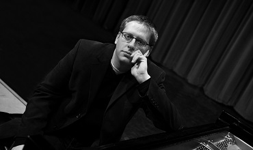 Nicholas Phillips, D.M.A., pictured above, will be conducting a piano Masterclass for students.