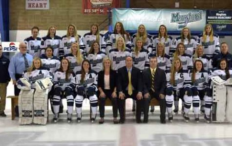 Women's ice hockey ranked No. 2 in preseason poll