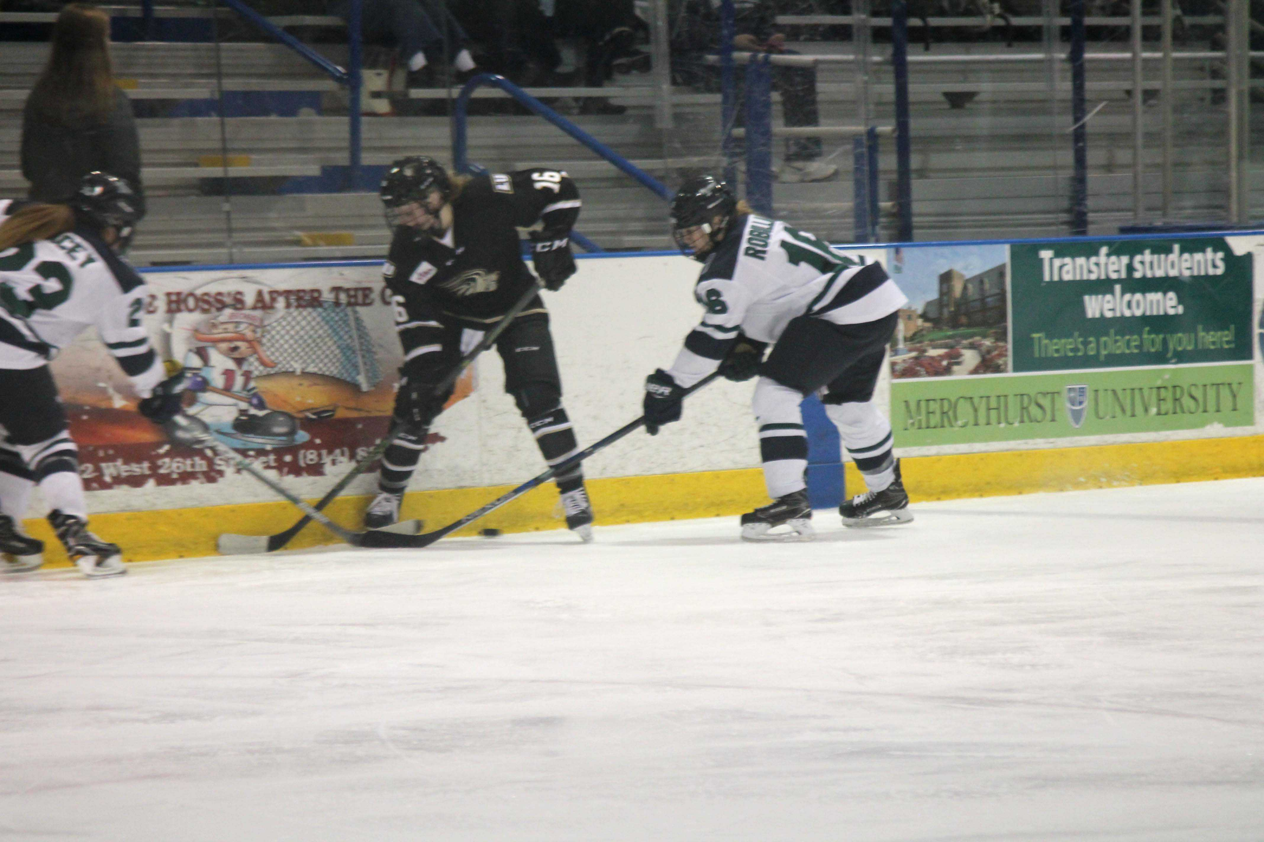 Mercyhurst women's ice hockey team came off victorious as they faced Lindenwood University. The Lakers are still reaching for a top-three seed in the CHA conference tournament.