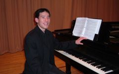 Lee's piano recital enthralled the crowd
