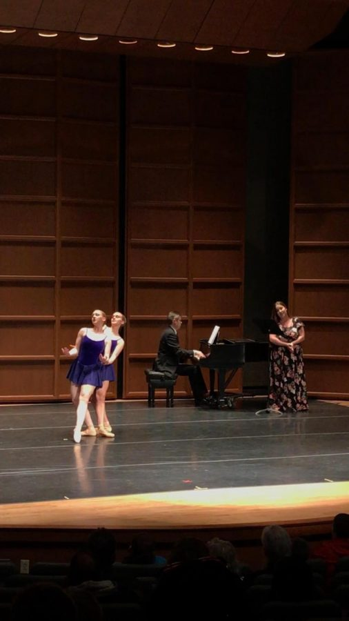 Senior Dance majors Sara Clarke and Elizabeth Hite perform while Nathan Hess, D.M.A., accompanies on piano and Shelby Mayberry, alumna '17, sings.