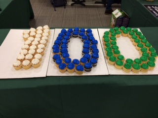 Freshmen mark milestone of 100 days in