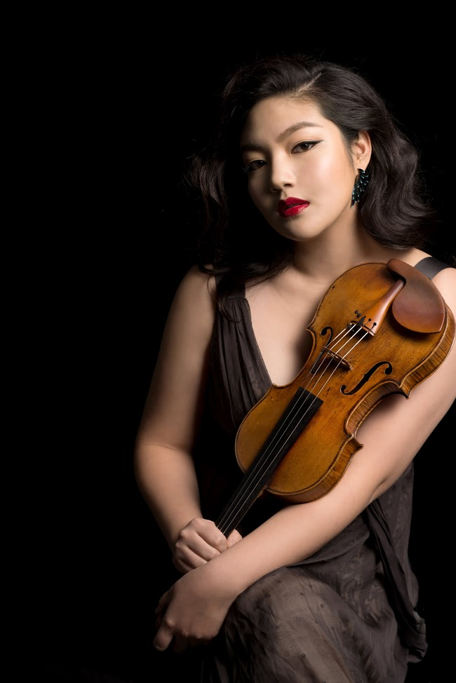 Violinist Jinjoo Cho will be performing a concert in Walker Recital Hall.