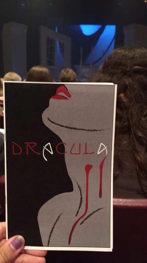 The+%22Dracula%22+playbill+that+was+handed+out+before+the+show.