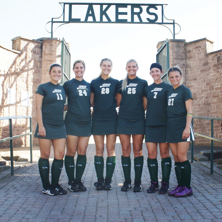 From left: seniors Amanda Frappolli, Paige Albright, Taylor Balser, Jessica David, Katrina Bruzda and Nicolette Tomani.