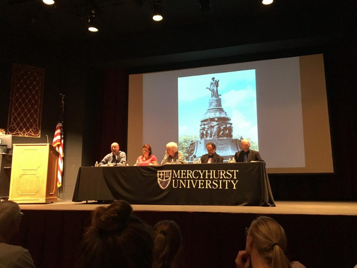 Offensive+or+historical%3F+Forum+discusses+future+of+Confederate+monuments