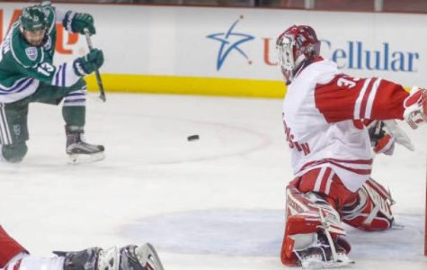 Men's hockey ices another 1-1 week