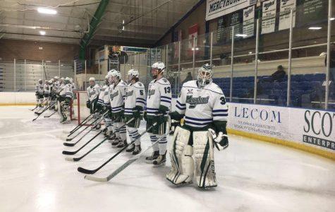 Men's hockey bests RMU