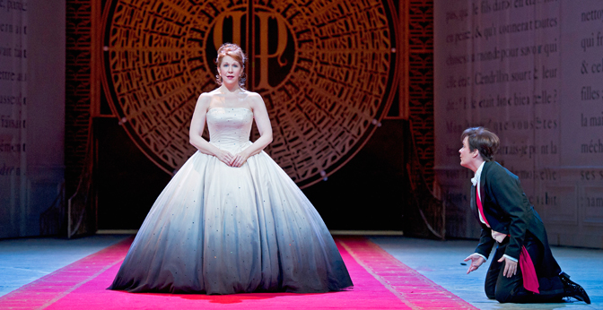 Joyce DiDonato as Cendrillon and Alice Coote as Le Prince Charmant.