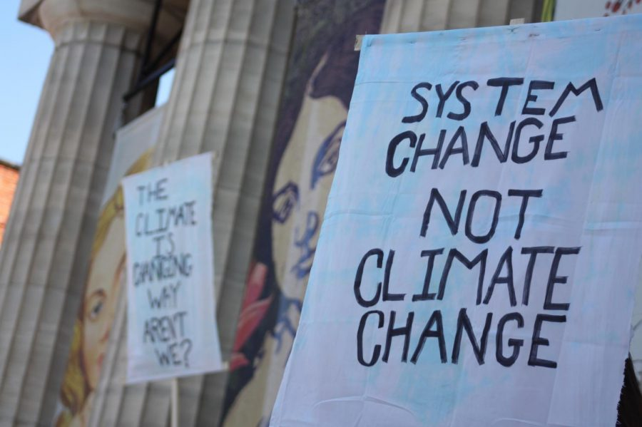 Students+strike+for+a+change+in+environmental+policy+in+US