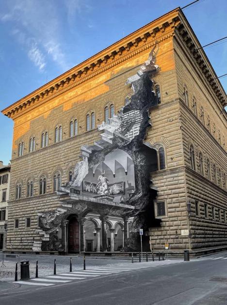 3D+art+exhibit+revealed+in+Italy